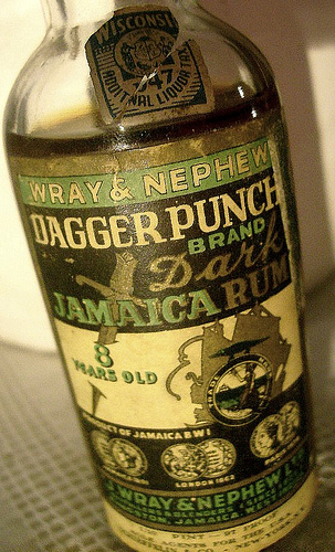 old-wray-and-nephew-dagger-punch-jamaican-dark-rum